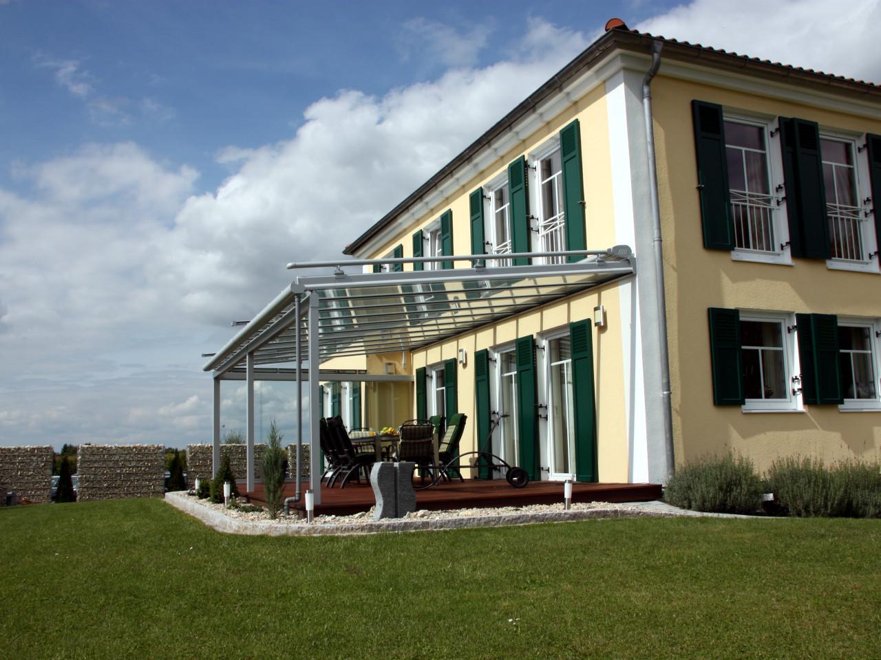 Alu Terrassendach mit Glas